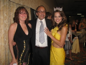 Craig Whitten and Cindy Whitten, WHIMSY Jewelry: A New Celebrity Fave, Miss America